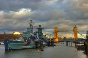 Belfast_and_tower_bridge_hdr
