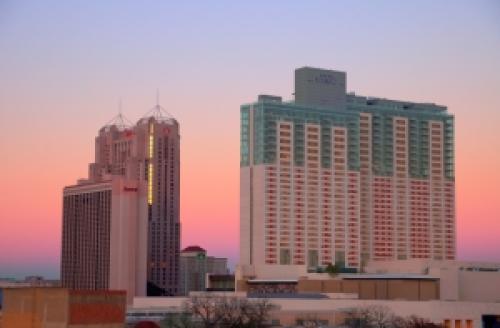 San_antonio_hotels_sunset_hdr