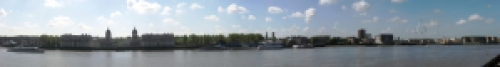 Thames_at_greenwich_pan-1